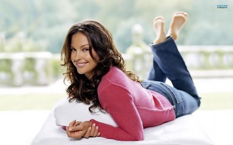 "alt=""Ashley Judd"""